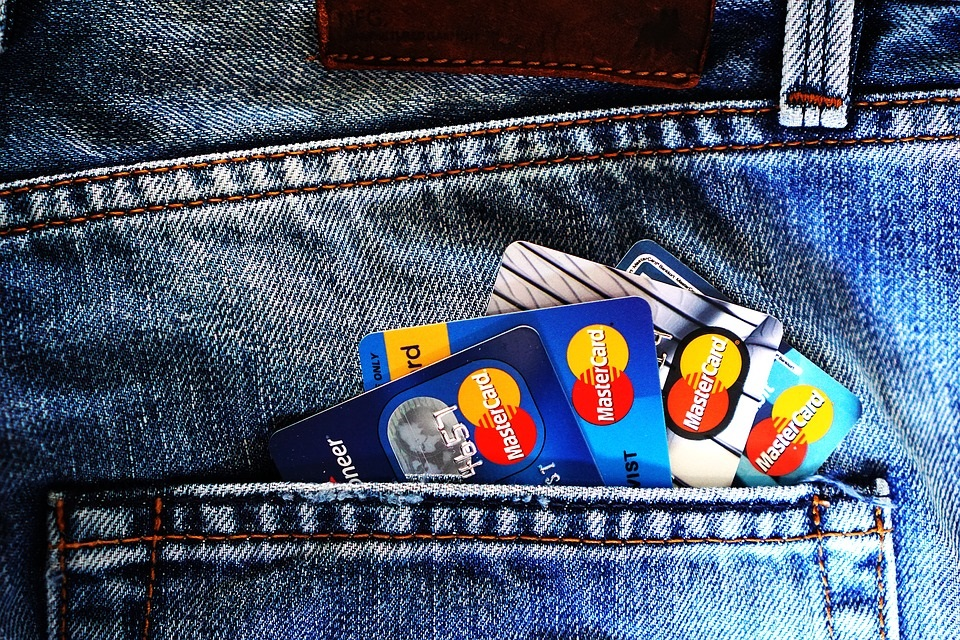 The usage of credit cards for acquiring funds for house maintenance