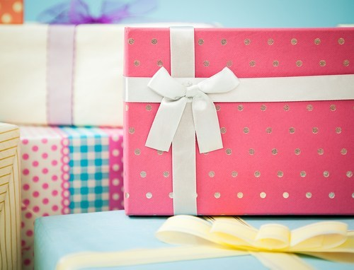 Time To Cut Down The Dilemma And Get The Best Gift Option For Your Dear Ones
